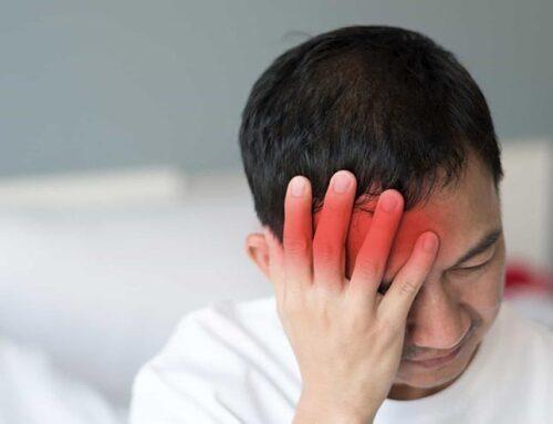 O que é cefaleia em salvas?